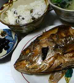 鯛の煮付けとむかごご飯
